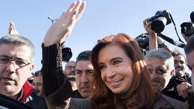 Cristina pidió su sobreseimiento y el fin del embargo — Dólar futuro