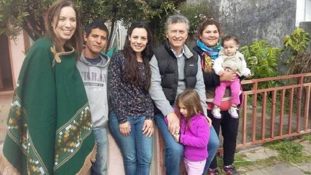 Macri y Vidal encabezaron un timbreo en Las Heras