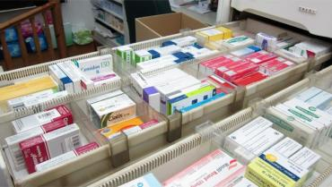 Anunciaron la rebaja del 8% en medicamentos y los congelan hasta febrero