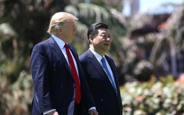 Trump lanzó medida que apunta contra Huawei y profundiza la guerra comercial con China