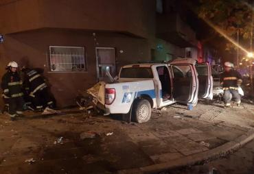 Persecución y violento choque de dos patrulleros de Prefectura: 6 heridos