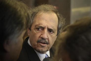 """Ricardo Alfonsín: """"Seguir a mi padre es trabajar en que desaparezca la grieta"""""""