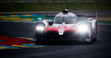 Monumental en su debut: Fernando Alonso ganó las 24 Horas de Le Mans