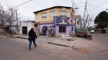 Atacaron a balazos una casa en Rosario y mataron a una nena de cinco años