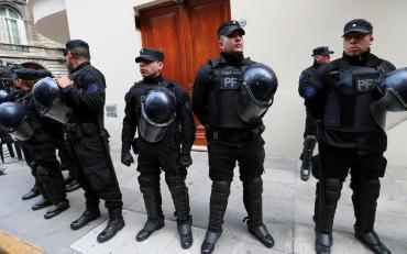 El detalle encontrado en el departamento de Recoleta durante allanamiento a Cristina Kirchner