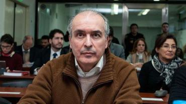 José López, imputado por irregularidades en