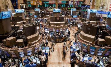 Acciones de empresas argentinas caen hasta 5,8% en Bolsa de Nueva York