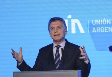 Macri admitió ante industriales que el país está en una