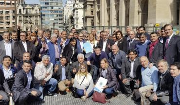 Recorte del Fondo Sojero en el Conurbano: suspenderán luminarias, compras y obras públicas