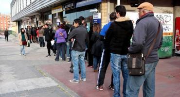 Desocupación en Argentina llegará a 12% en 2019, según OCDE