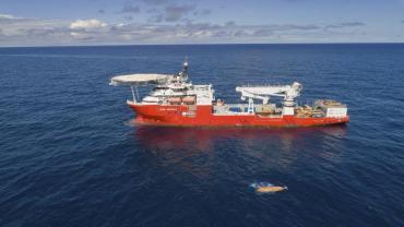 ARA San Juan: el Seabed Constructor vuelve a puerto para reaprovisionarse