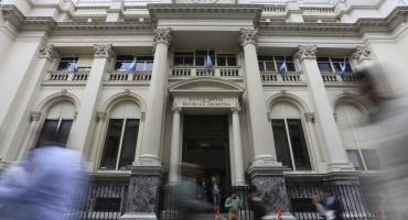 El Gobierno emitirá 1.250 millones de pesos de deuda tras las PASO