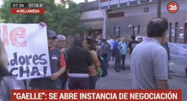 Acampe de trabajadores de Gaelle por despidos: nueva instancia de negociación