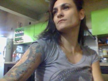 "La muerte de la ""Gitana Liz"", la presunta viuda negra que cayó al vacío de un octavo piso"