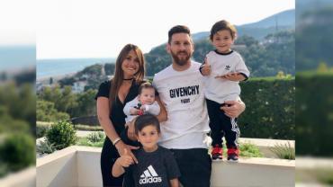 Una familia feliz: Leo Messi y Anto Roccuzzo subieron la foto más tierna de la familia