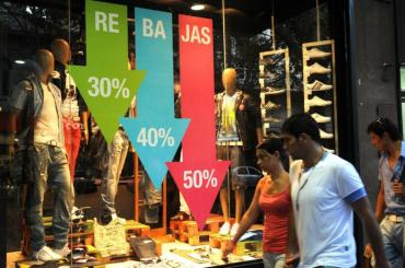 Las ventas minoristas tuvieron en agosto una caída de 18,6%, la peor del año