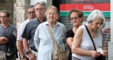 El bono acordado entre la CGT y el Gobierno no alcanzará a jubilados