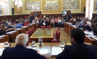 Mar del Plata: interpelarán a funcionarios de Arroyo por quita de bonificaciones a docentes