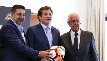 Boca pidió una extensión a Conmebol para contestar la defensa expuesta por River