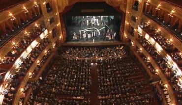 ¿Cuáles fueron las obras de teatro más vistas en Mar del Plata, Carlos Paz y Buenos Aires?