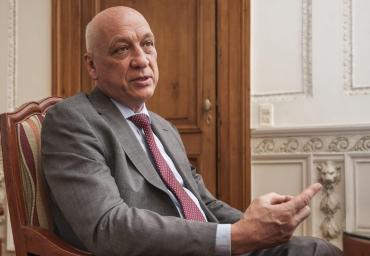 Bonfatti oficializó que irá por la gobernación y agitó la interna del socialismo santafesino