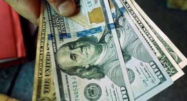 Dólar: el Blue subió y el Banco Central volvió a vender, el Contado con Liquidación llegó a $150