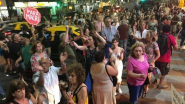 No al tarifazo: cacerolazos en la Ciudad en contra de los aumentos de las tarifas
