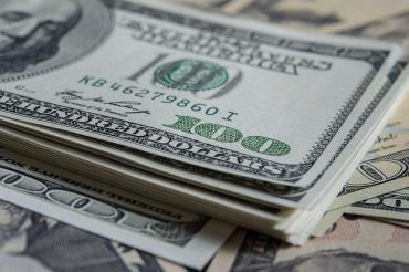 Por las PASO y guerra comercial, estiman que seguirá la presión sobre dólar