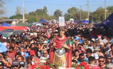 Miles de fieles rinden culto y agradecen a San Expedito