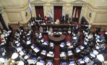 Los senadores ya no podrán canjear pasajes por dinero