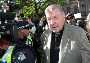 George Pell, ex número 3 del Vaticano, ya está detenido y espera condena por causa de abusos