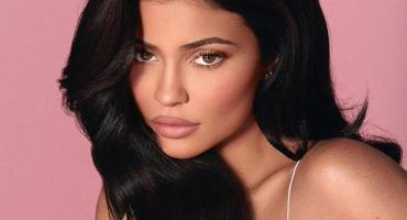 Kylie Jenner se convirtió en la multimillonaria más joven del mundo