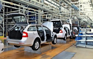 La producción automotriz cayó 32,5% en 2019, el peor año del sector desde 2004