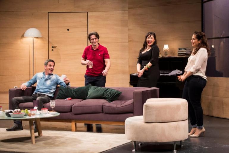 Teatro: Los Vecinos de Arriba