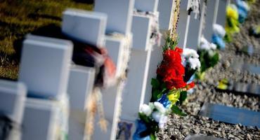 Abren investigación para determinar si hay nuevos restos de soldados argentinos enterrados en las islas Malvinas