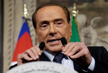 """Fotógrafo: """"Tengo 80.000 fotos secretas de Berlusconi, me gustaría publicarlas"""""""
