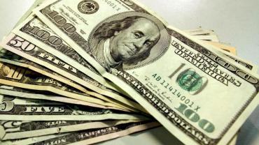Dólar hoy: tras anuncio de control de cambios, bajó más de tres pesos y cerró a $58,41