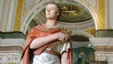 Miles de fieles celebran el día de San Expedito, patrono de las causas justas y urgentes