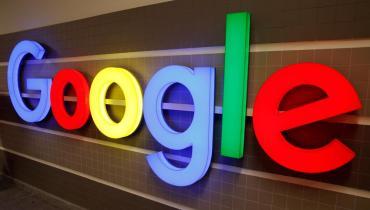 Google recibe multimillonaria multa por violar la privacidad de los niños