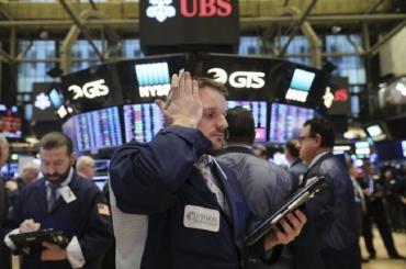Disputa comercial entre EEUU y China: Wall Street se desploma hasta 3,2%