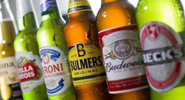 La UE multó a la cervecera más grande del mundo por