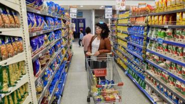 Tras desaceleración en abril, economistas estiman inflación del 3% para mayo