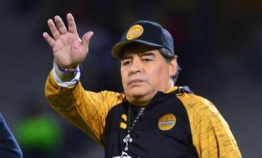 Maradona rechazó la propuesta de dirigir a Gimnasia de La Plata