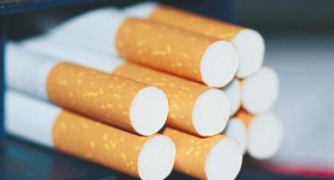Desde este viernes, los cigarrillos aumentan un 6%