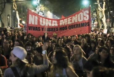 #NiUnaMenos: miles de mujeres unidas contra la violencia machista y los femicidios