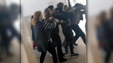 Padres golpearon a docente acusado de manosear a una alumna de 12 años