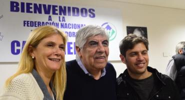 Kicillof y Magario se mostraron junto a Moyano y sumaron su apoyo