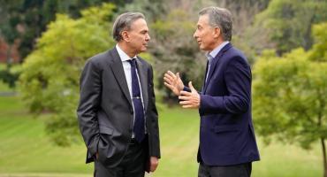 La primera foto juntos: Mauricio Macri y Miguel Ángel Pichetto, reunidos en la Quinta de Olivos