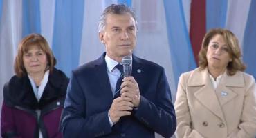 Macri apuntó contra Moyano en acto por Día de la Bandera: