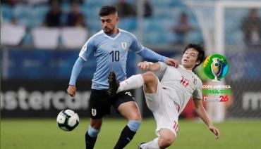 Uruguay y Japón igualaron en un partidazo y el Grupo C está al rojo vivo